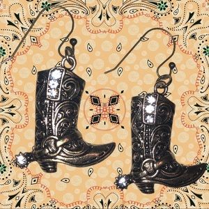 Sweet! Brushed faux gold cowgirl boot earrings